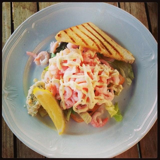 Sanduíche de camarão