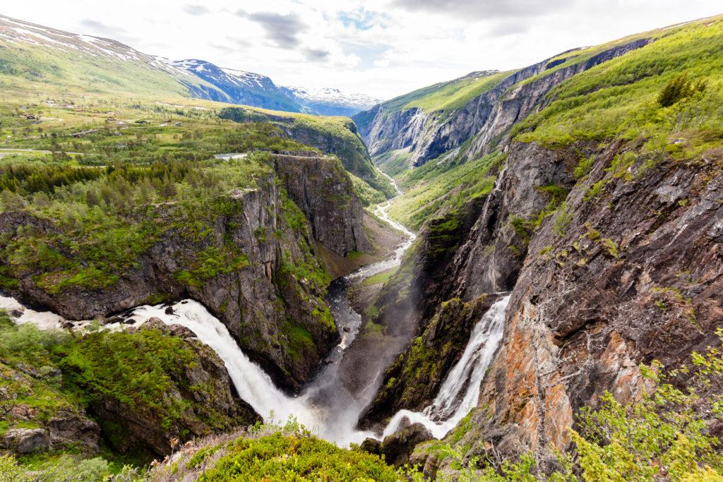 Voringsfossen é a cascata mais famosa da Noruega