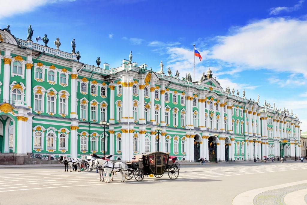 Palácio de Inverno, onde se localiza a maior parte da coleção do Hermitage